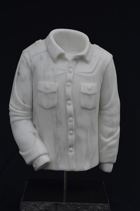 BEL 064 Man With Cotton Shirt 22 x 11 x 8 (2)